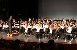 P-H-M combined 8th grade band plays at Kaleidoscope